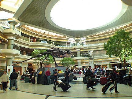 Аэропорт Хатсфилда – Джексона, Атланта. США