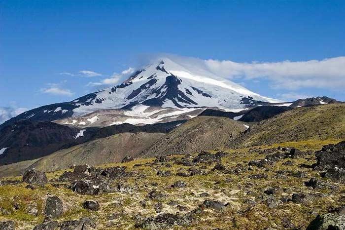 Вулкан Ичинская сопка