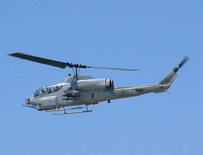 Вертолет Bell AH-1 Super Cobra