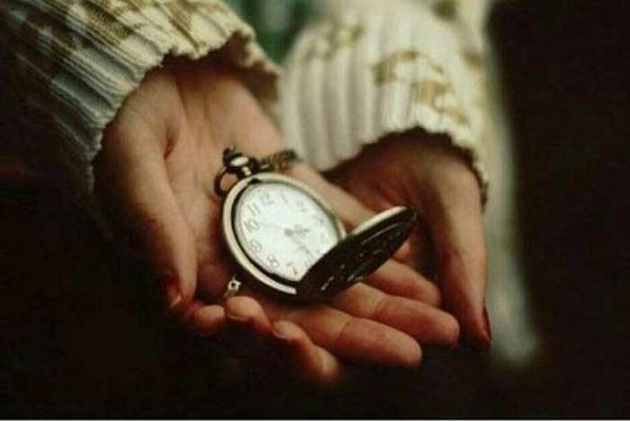 Нельзя дарить часы