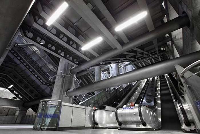 Станция метро «Вестминстер», Лондон
