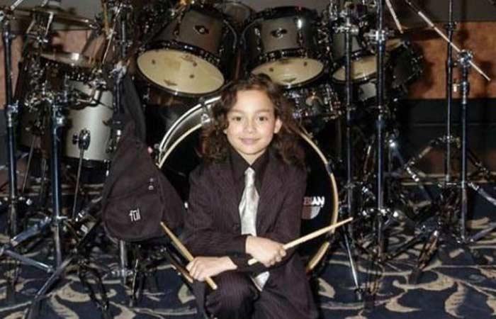 Самый юный барабанщик Джулиан Павон