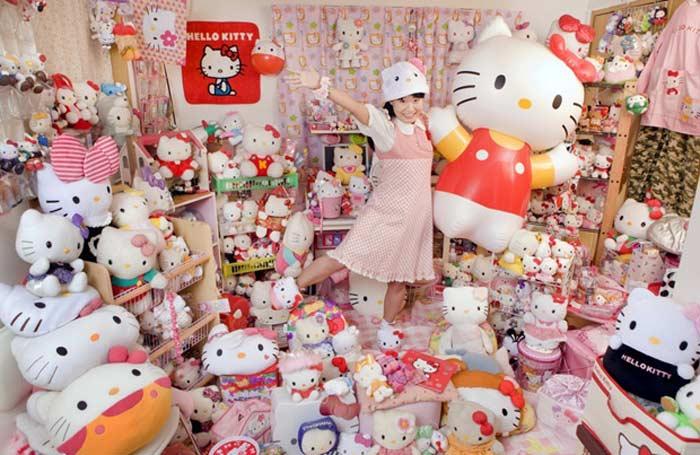 Самая большая коллекция «Hello Kitty» e Асако Канде из Японии