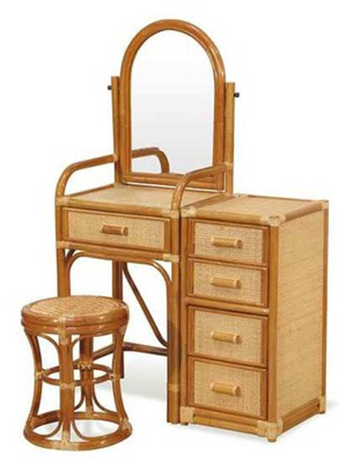 Мебель из орешника