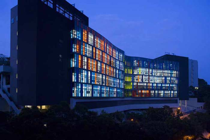 Китайский университет Гонконга (The Chinese University of Hong Kong) – Гонконг