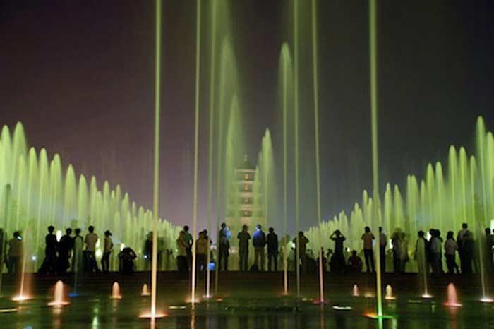 Музыкальный фонтан в Сиане (Китай)