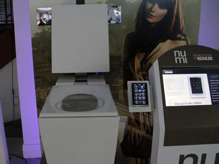 Интерактивный туалет Kohler Numi $6,400