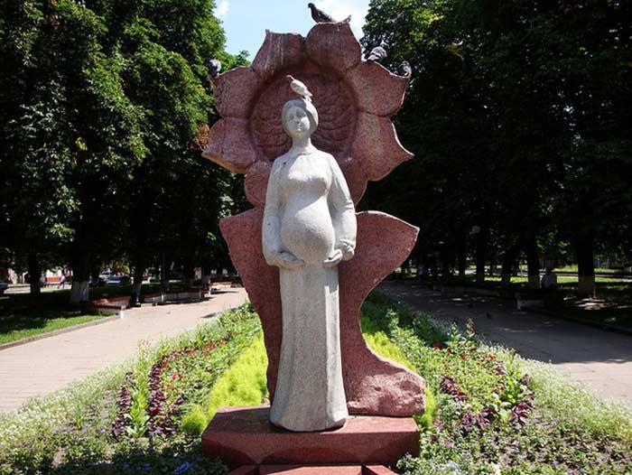 «Будущая мать» в г. Коростышев