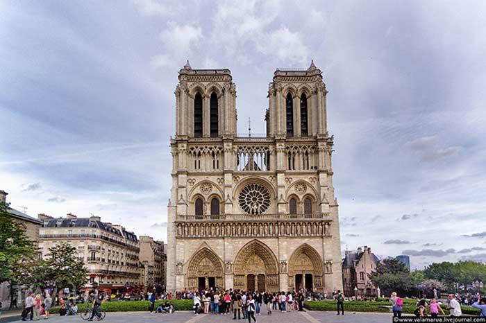 Нотр-Дам-де-Пари во Франции