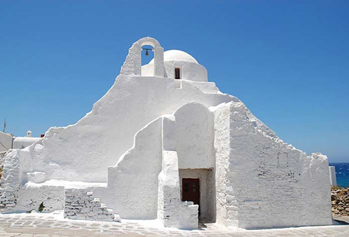 Церковь Парапортиани в Греции