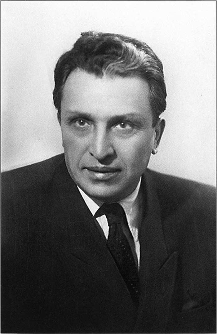 Михаил Куни