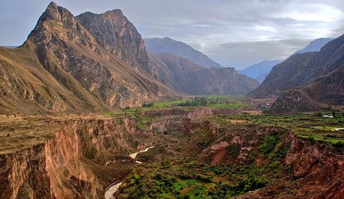 Каньон Котауаси. Перу
