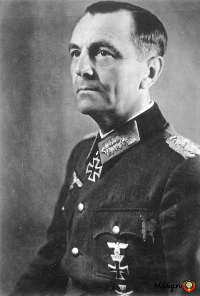 Топ 10 Военачальников, которых постигла неудача. Фридрих Паулюс