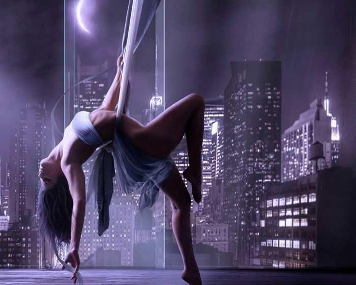 Стриптиз, или «танец томительного обнажения»