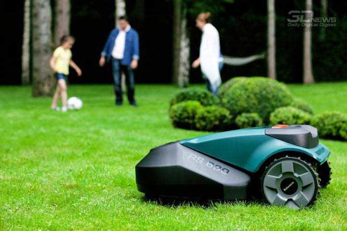 Робот - газонокосильщик