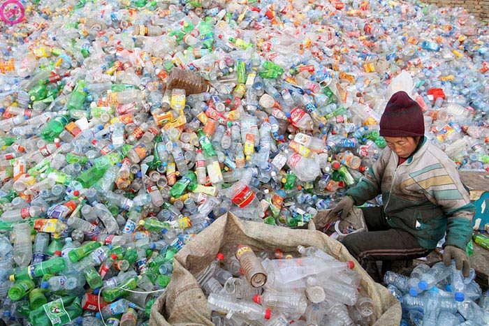 Аппарат, позволяющий делать топливо из пластикового мусора