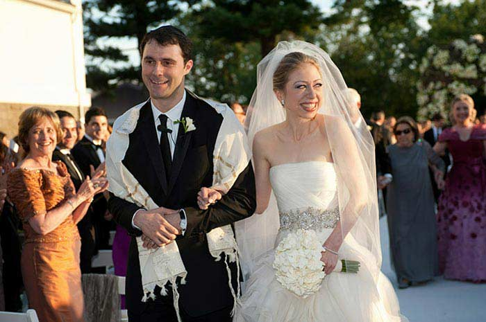 Свадебное платье от Веры Ван, $32000 (Челси Клинтон)