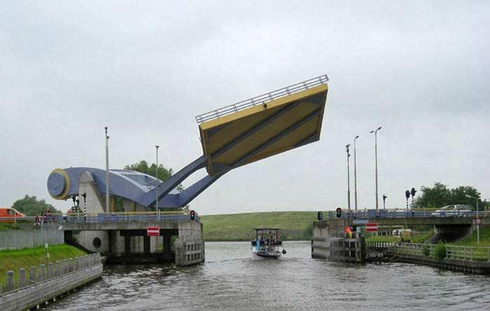 Мост Слауэрхофф