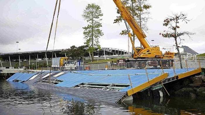 в Марина-да-Глории рухнул причал для яхт