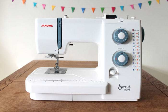 Janome: 50 моделей швейных машинок