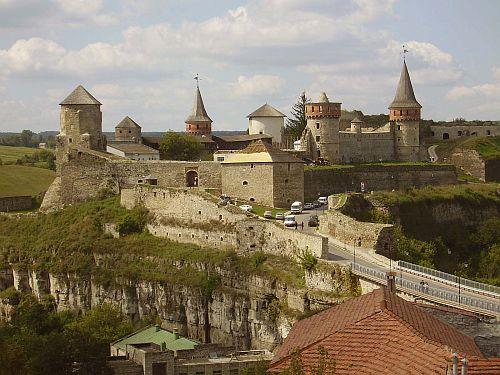 Замок Каменец-Подольский