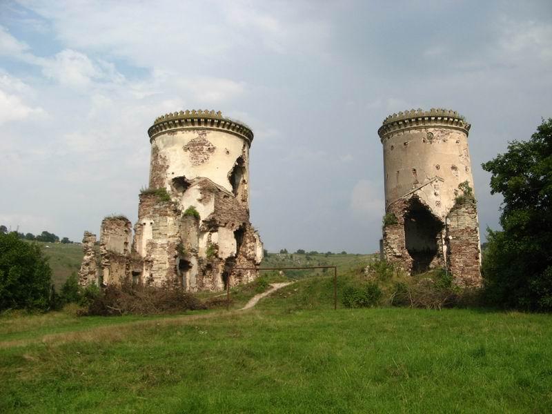 Замок Червоногруд