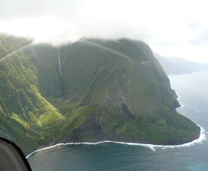 Водопад Olo'upena