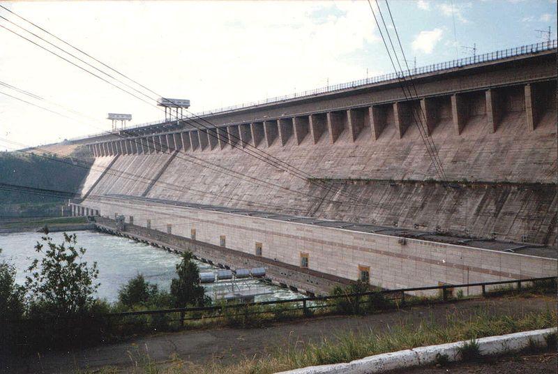 Братская гидроэлектростанция им. 50 летия Великого Октября