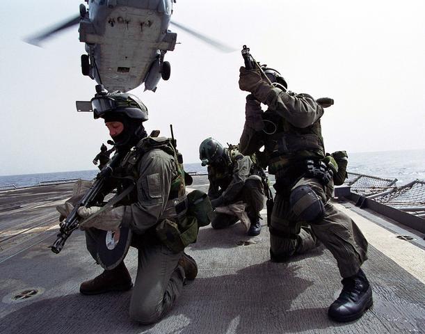 ST-6 команда