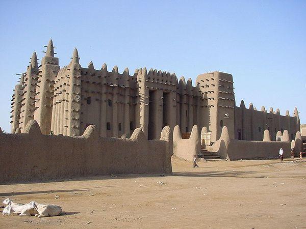 Большая мечеть Дженне в Африке