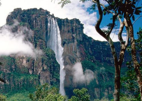 Самый высокий водопад в мире – Анхель