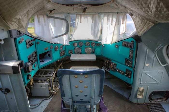 Вертолет В-12 кабина