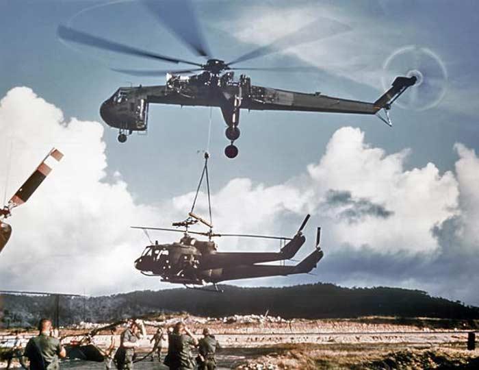 Вертолет Sikorsky CH-54 Tarhe