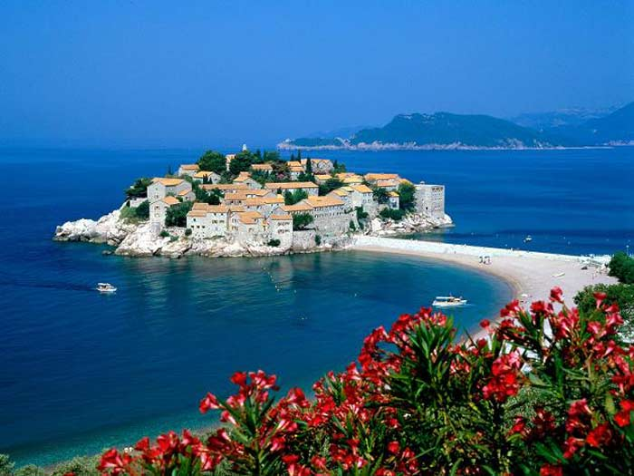 10 курортов Черногории