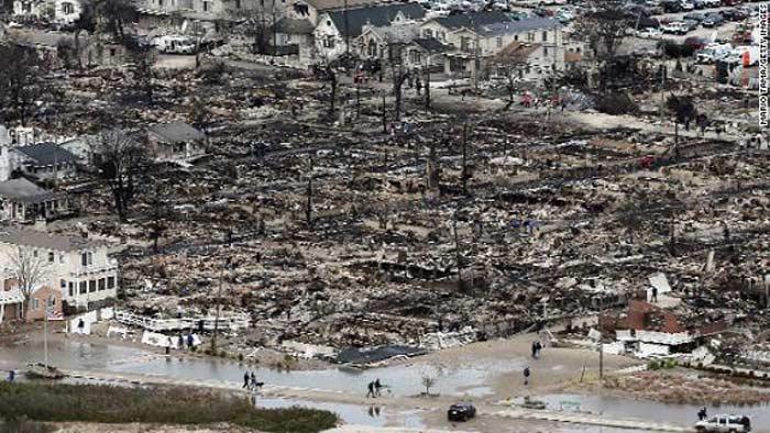 Ураган Сэнди. 15 тысяч домов разрушены