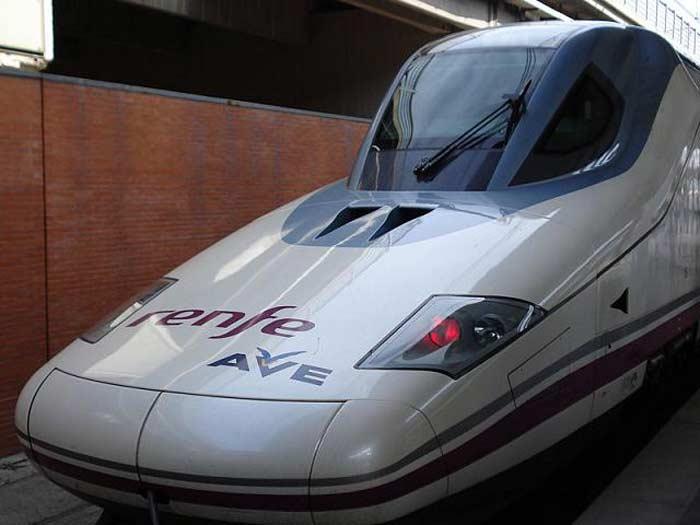 Поезд AVE Talgo-350, Испания 330 км/час