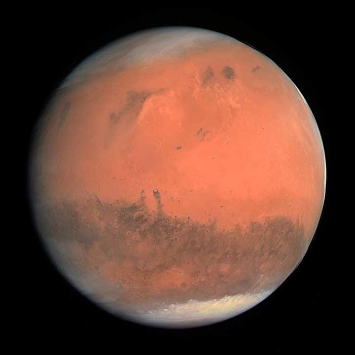 Красный цвет Марса