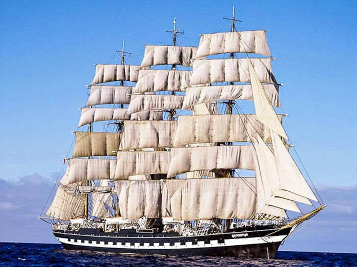 «Падуя» или «Адмирал Крузенштерн»