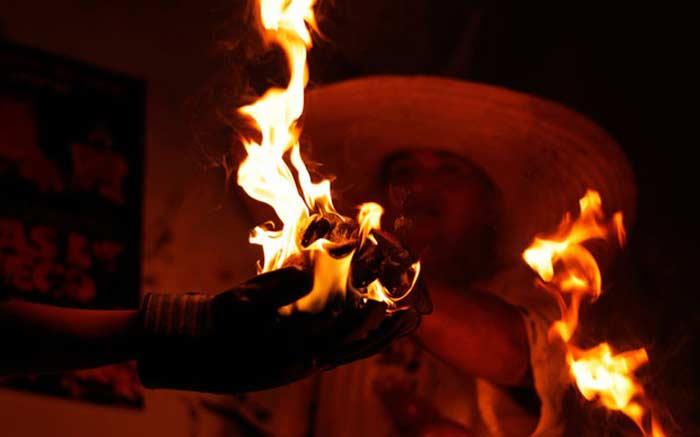 Праздник огненных шаров (Bolas de Fuego)
