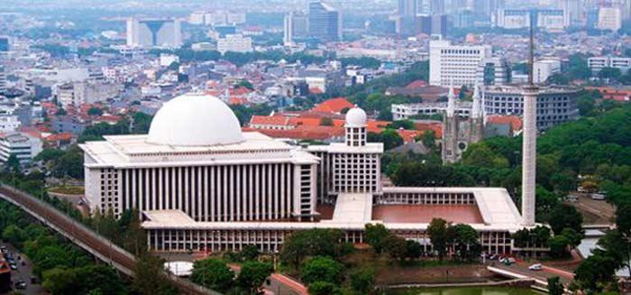 Мечеть Истякляль (Индонезия)