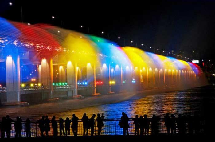 Мост-фонтан - Мост Банпо (Южная Корея)