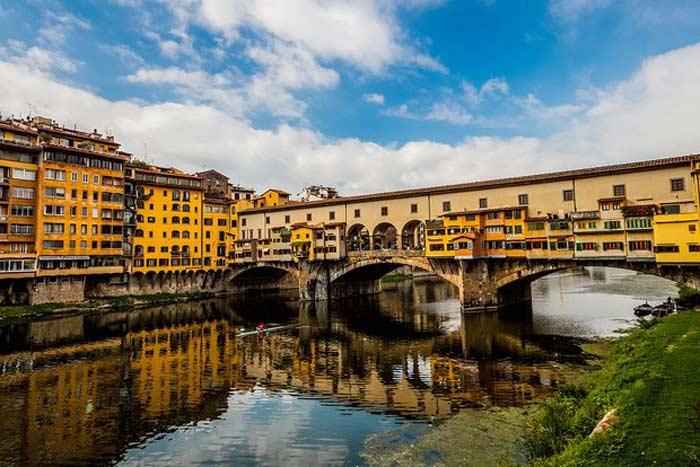 Cамый старый мост Флоренции - Понте Веккио (Италия)