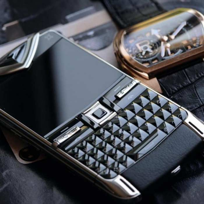 Смартфон Vertu Constellation $13,800