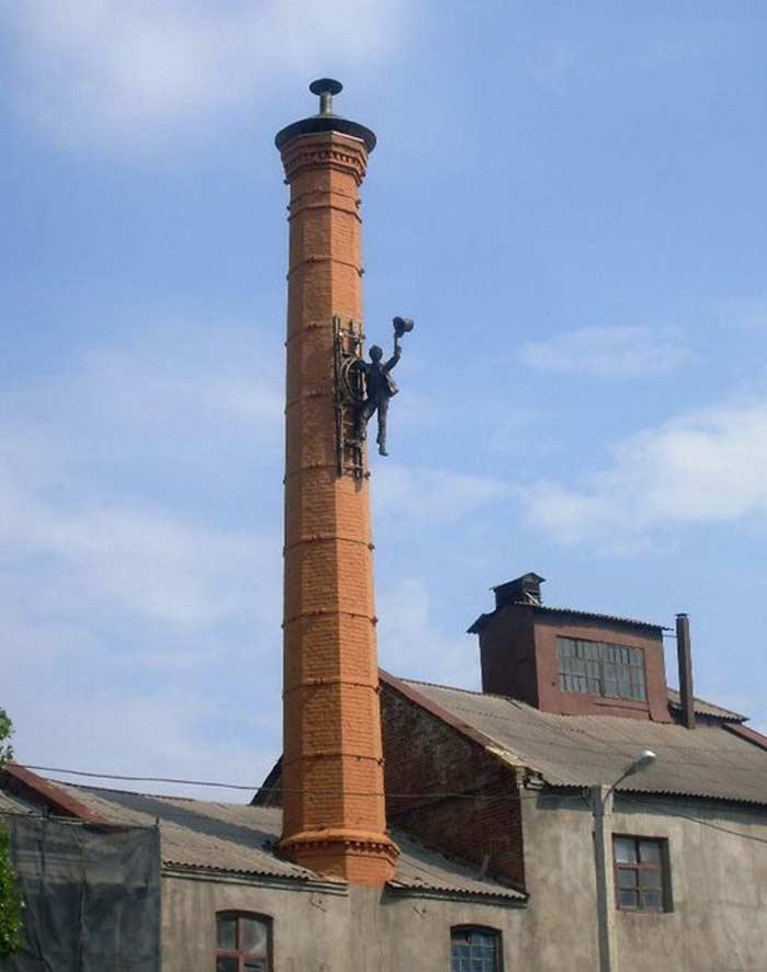 Памятник трубочисту (пр. Московский, 135)