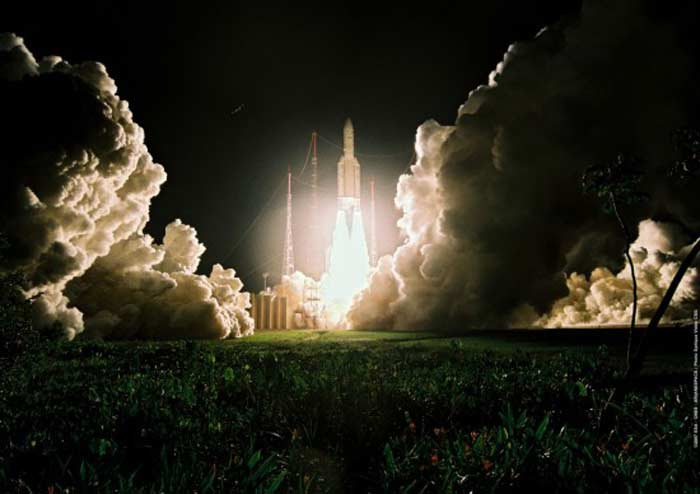 Топ 10 самых высокотехнологичных провалов. Взрыв Ariane 5