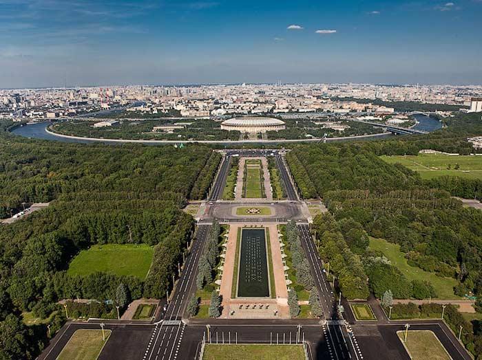 Самые большие площади России. Университетская площадь