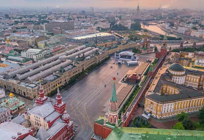 Самые большие площади России. Красная площадь