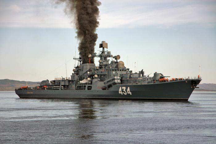 «Адмирал Ушаков» (эскадренный миноносец)