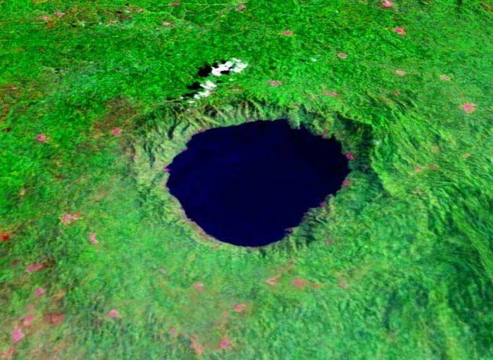Озеро Босумтви (Гана, Африка)