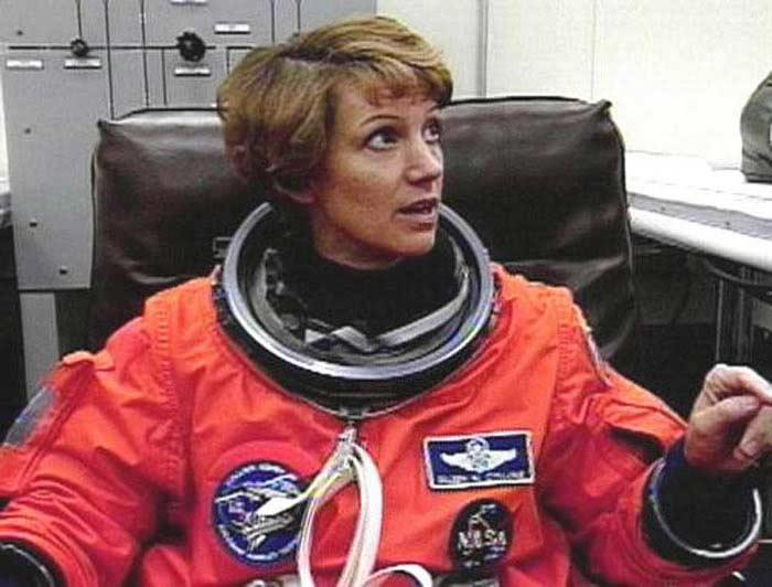 Айлин Мари Коллинз (США)